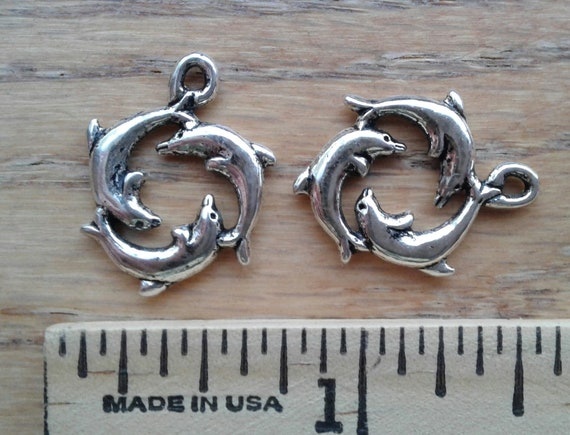 8 Dolphin pendants antique silver tone FF82