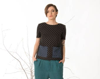 Polka dot linen top, Loose fitting womens top, Front pockets, Short sleeves casual, Black blouse, Split back top, Button back blouse