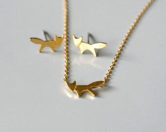 Fox necklace Cute fox choker Fox charm necklace Wild animal jewelry Chain necklace Everyday jewelry Geometric animal jewelry Gift for girl
