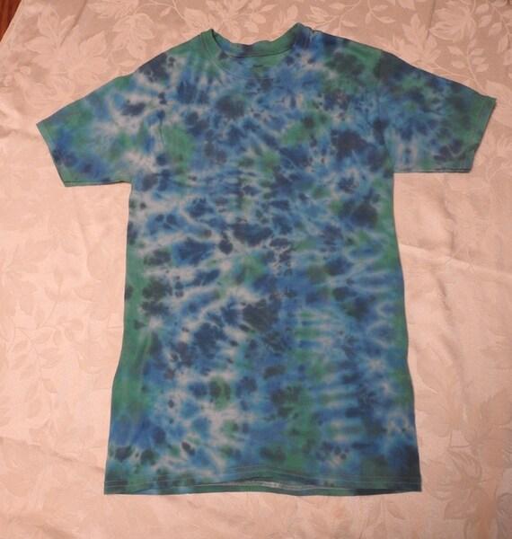 566be71180d Tie Dye Hippy Blue Green Crinkle Pattern Tie Dye T-Shirt