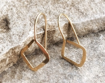 SQUARE DANGLE Earrings, DROP Earrings, Hammered Wire, 14K Gold Filled, Minimalist Jewelry, Gift for Her, Geometric Earrings, Modern Jewelry