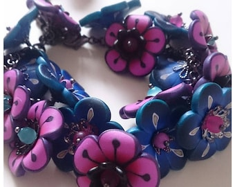 Flower bracelet floral polymer clay lightweight summer spring birthday anniversary pink blue black