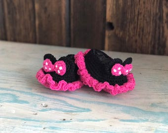 4ef1bedd88341 Minnie Mouse Inspired Crocheted Baby Booties. FREE SHIPPING!! (0-3mos  available NOW)