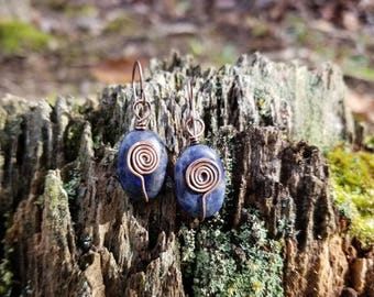Handmade Wire Wrapped Sodalite earrings.