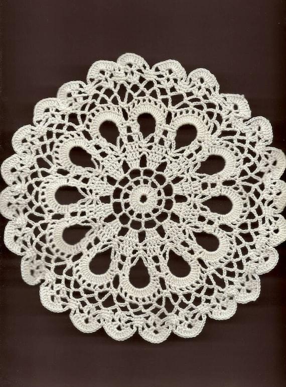 Mini Crochet Doily Lace Doilies Table decoration Crocheted Scrapbook Handmade Wedding Doily Napkin Bohemian Decor Round White Snowflake