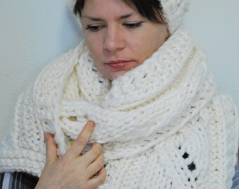 Handmade Knitted White Wool Hat and Scarf