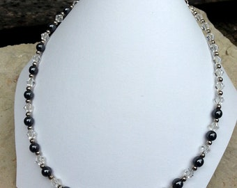 Women necklace beads hematite and transparent glass beads style retro chic