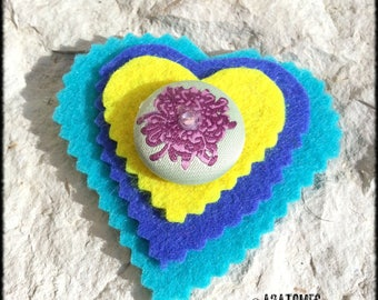 Women blue yellow turquoise blue felt heart and decorative button brooch