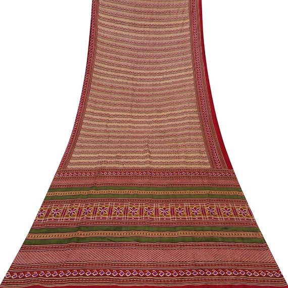 Paisley /& Leaves Print Sari Vintage Pure Silk Light Brown Sari Craft Decor Fabric VMIN-VPS-PS60197 Indian Traditional Sari