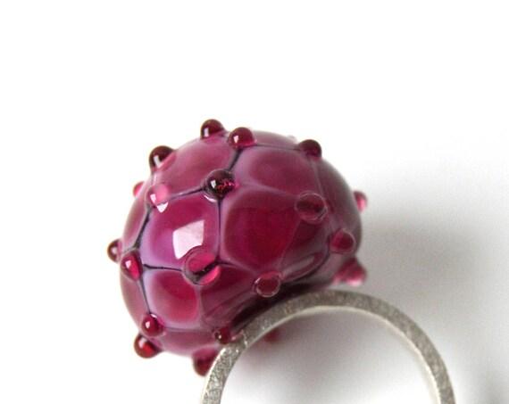 Murano glass lampwork ring Mama Framboise