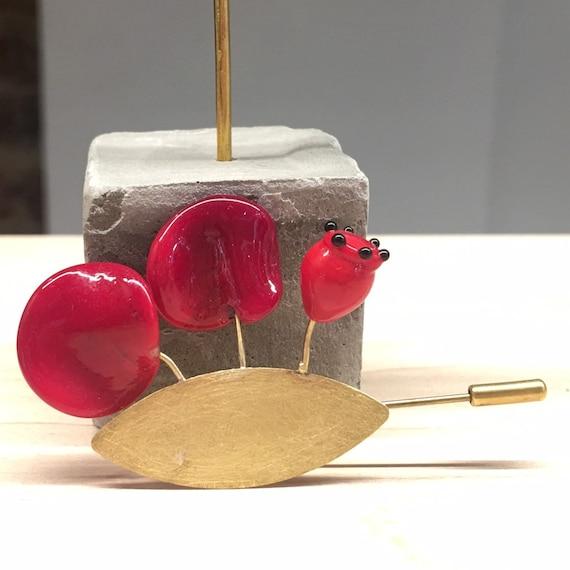 Murano glass lampwork brooch Onirica Poppy