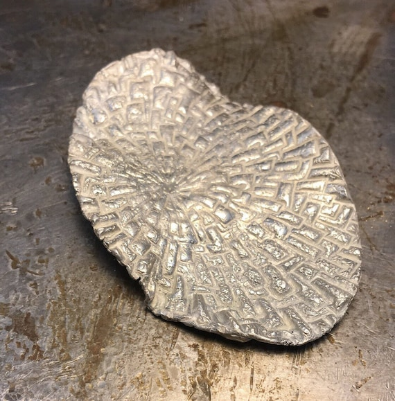 Sterling silver Brooch textured Adoq IN