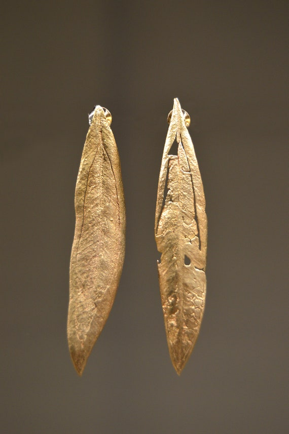 Natural olive Earrings leaf