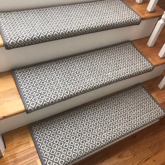 "Open Box Sale! Set of 15 Breckenridge Medium Grey 100% Wool Flat Weave True Bullnose™ Padded Carpet Stair Tread 31"" Wide X 10"" Deep"