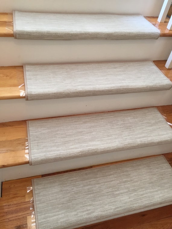 Velvet Chic Bisque True Bullnose Padded Carpet Stair Tread - For Safety Comfort Dog Cat Pet (Sold Each)