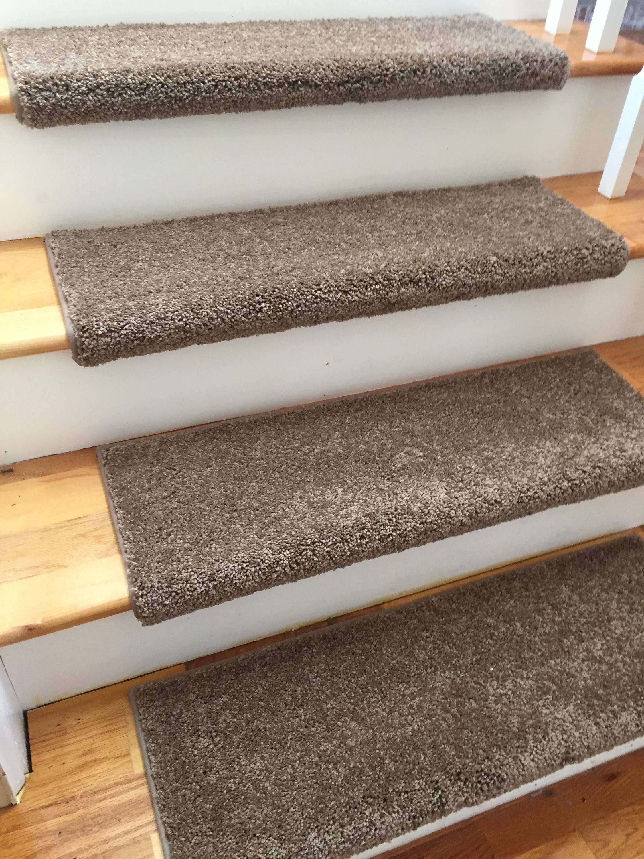 Ridgeview Ebony True Bullnose™ Carpet Stair Tread   For Safety Comfort Dog  Cat Pet (Sold Each)