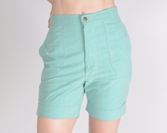346a7f750a True vintage 1970s Ms Lee cotton chambray shorts, 1940s style shorts, 27