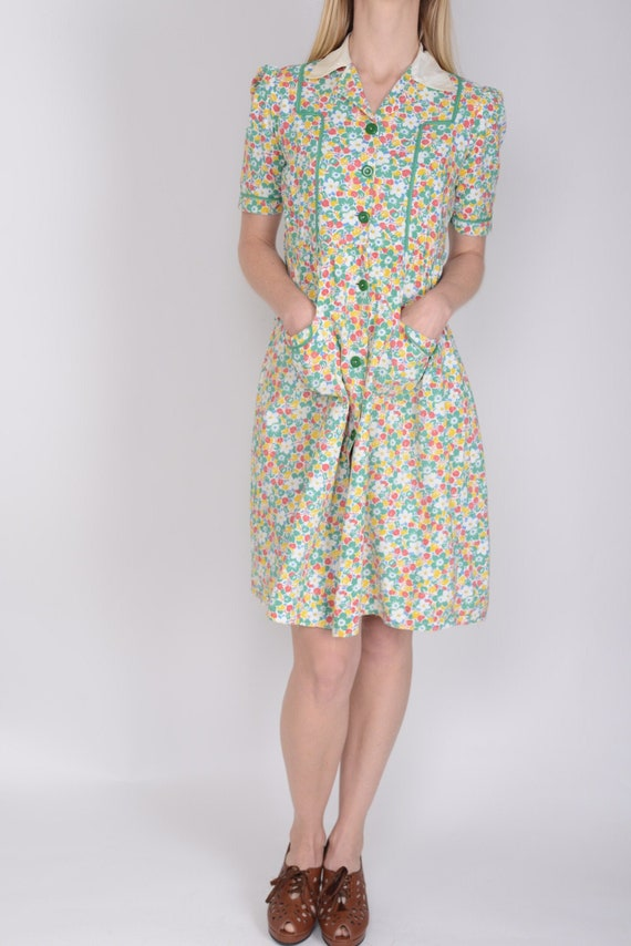 1930s feed sack floral print day dress, work wear