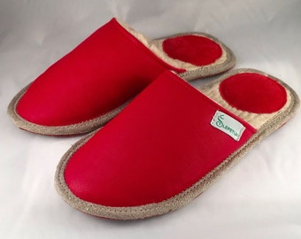 Womens slippers, luxurious slippers, holiday slippers, bedroom slippers, best slippers, lasting slippers, indoor slippers, cozy slippers