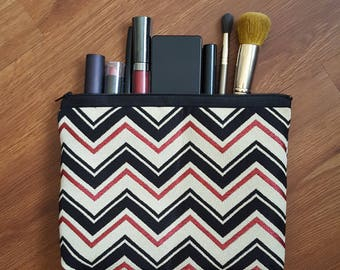 Zig Zag Print Zippered Pouch, Coin Purse, Catch all Bag, Make-Up Pouch