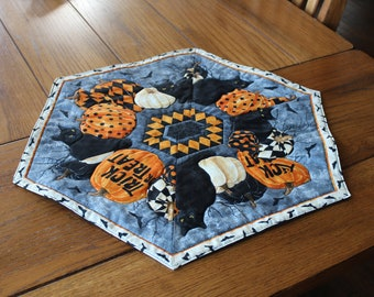 """Halloween!  Handmade, wide hexagon, quilted table topper or dresser scarf - Black cats and pumpkins - 20"""" by 24"""""""