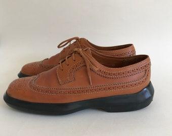 4b4522c44912f RARE   Vintage Tods   Oxford spectateur   90 s chaussures spectateur    spectateur plate-forme Vintage chunky chaussures   cuir chunky chaussures    square ...