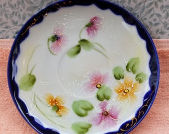 "Vintage Japan Hand Painted Plate Flowers Gold Trim - 5.5"" - Good Condition"