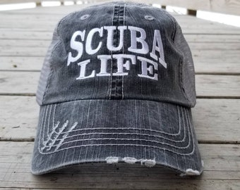 4e5b6808 Scuba Life, low profile black distressed cap with silver gray mesh