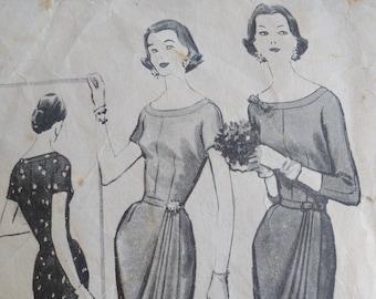 Butterick Sewing Pattern 6333 MISSES/'S Petite Vestito /& Fascia