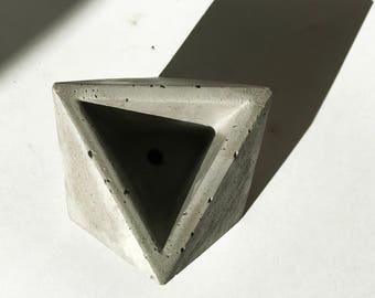 OCTA Concrete Planter / Geometric Industrial Decor / Octahedron / Succulent or Cactus Pot / Minimalist Accent Piece / Air Plant Vessel