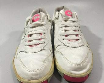 the best attitude 8b164 744e2 Vintage Nike Air Tennis Shoes 7.5 890204S1 Made In Korea