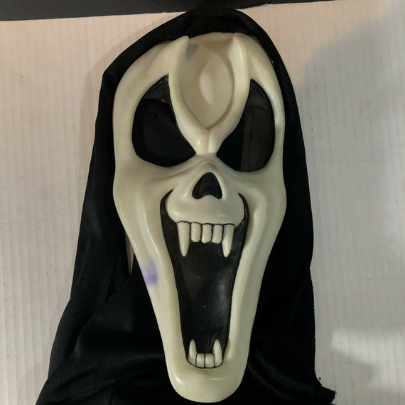 Vintage Easter Unlimited Inc Scream Ghostface Hall