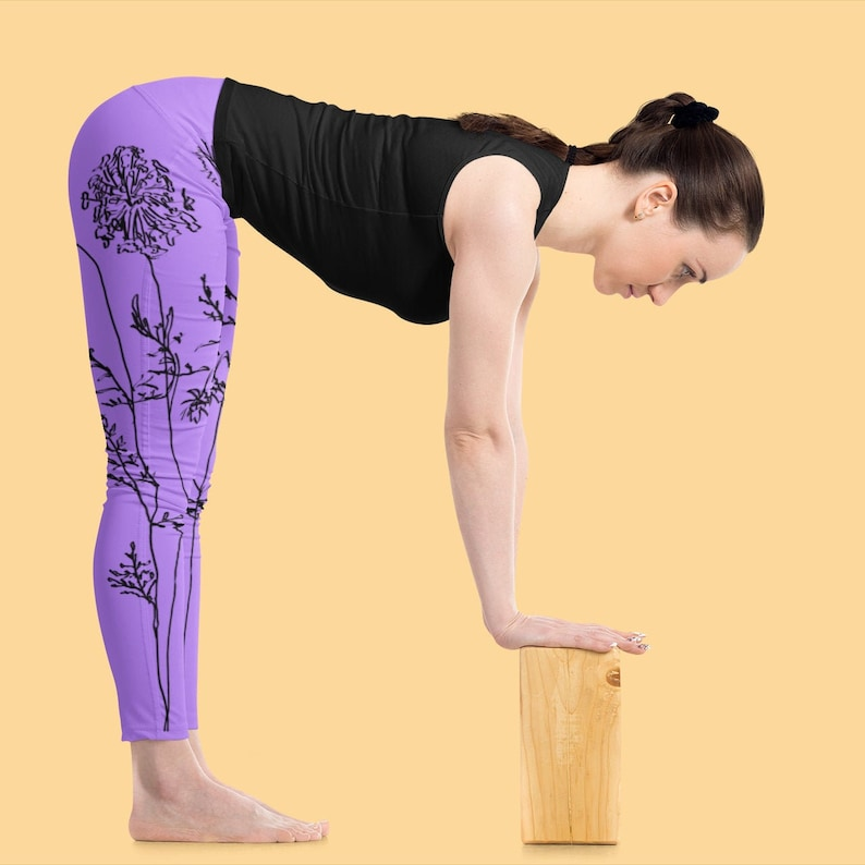 Queen Anne/'s Lace yoga pants