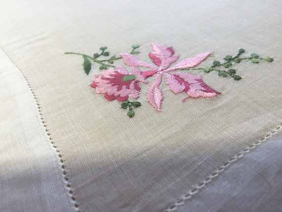 Vintage Handkerchief / Embroidered Orchid
