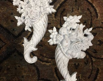 Shabby Chic Sculpture Wall Decor by Syrico