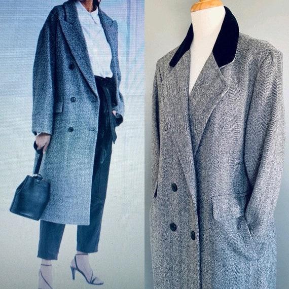80s coat 1980s coat  Black coat 80's coat Black Tw