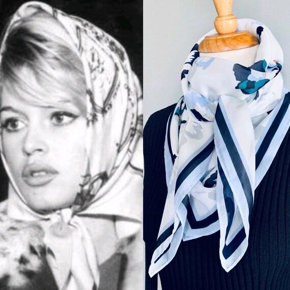 Vintage scarf/ Silk scarf/Hair scarf/80s scarf/ Si