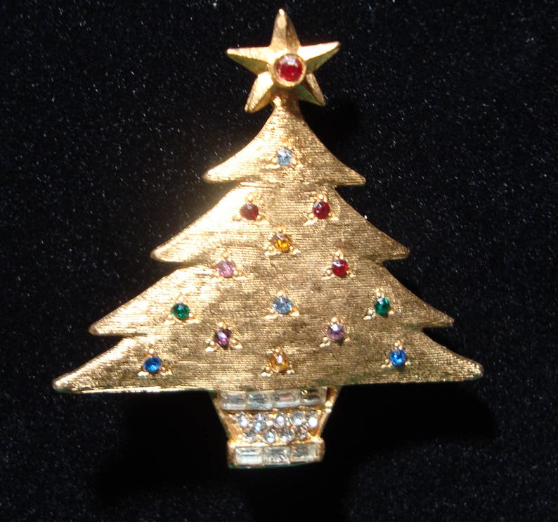 9452dc5d1a6 Vintage DeNicola Christmas Tree Brooch Pin Denicola   Etsy