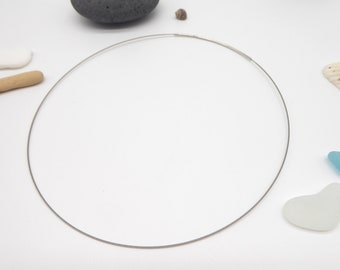 Basic necklace in SILVER 1-row with plug-in closure, very fine strap for pendants and beads made of jewelry wire