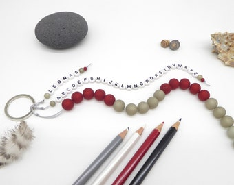 Gift for the start of school, counting chain with alphabet, gift for school enrolment, desired colour, customizable, with the name of the student