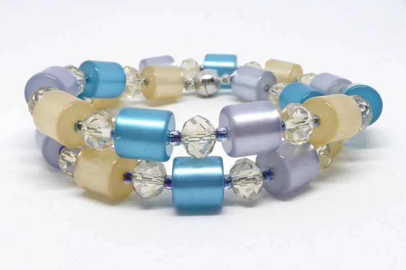 Necklace of Polaris rollers in turquoise beige and blue image 0