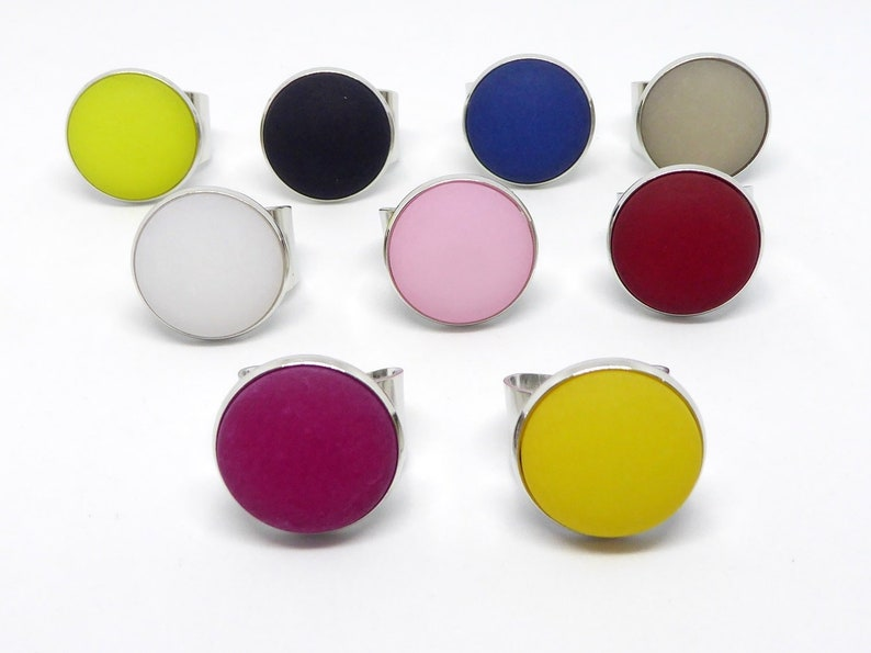 Ring Finger ring with Polaris cabochon 20 mm many Colors to image 0