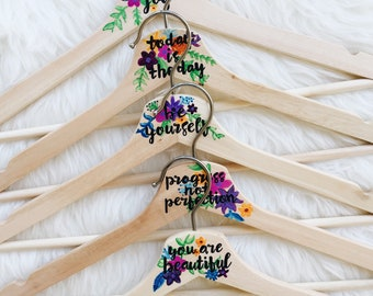 SET OF FIVE - Inspirational Coat Hanger - Gift for her, Best Friend Gift, Gift for mum, Daily mantra, Personalised, Wedding Gift