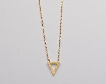 Callie Necklace Gold