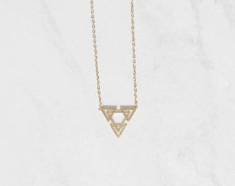 Skylar Necklace Gold