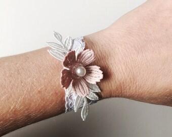 Bridal Bracelet, Ivory Lace Flower Bracelet, Blush Wedding Bracelet, Bridesmaid Bracelet, Vintage Lace Bracelet, Floral Bracelet