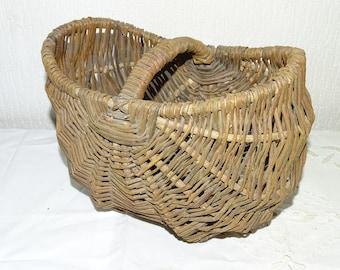 738cd81d7f8a9 Petit panier osier artisanat populaire cueillette fruits oeuf old little  wicker basket folk crafts