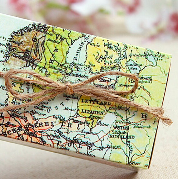 100 world map gift boxesdiy wedding favor gift boxdiy safe travels 100 world map gift boxesdiy wedding favor gift boxdiy safe travels favoraround the world gift boxesdiy map of the world party favor box from gumiabroncs Image collections