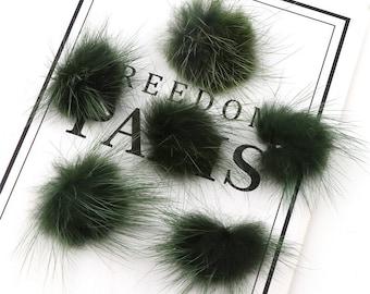 X 5 pompom dark green fur 25 - 30 mm to stick