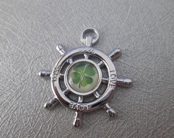 Navy clover cabochon stainless steel bar pendant